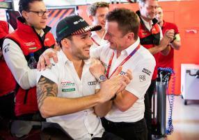 Daniel Abt mit Allan McNish, Copyright: Audi Communications Motorsport / Michael Kunkel