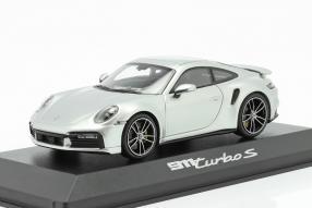 Porsche 911 Turbo S 2020 1:43