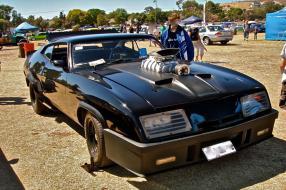 modelcars Ford Falcon XB 1973 1:18 Mad Max, copyright Foto: www.carsaroundadelaide.com Ferenghi