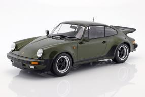 Porsche 911 930 Turbo 1977 1:12 Minichamps