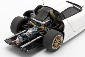 modelcars Porsche 911 GT1 1997 1:18