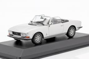 Peugeot 504 1977 1:43 Maxichamps by Minichamps