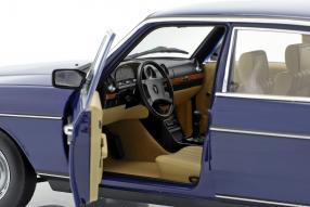 diecast miniatures Mercedes-Benz 200 1982 1:18