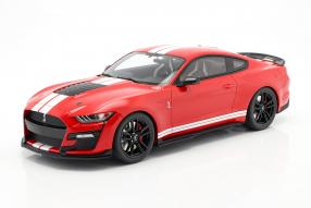 Ford Mustang Shelby GT500 1:12