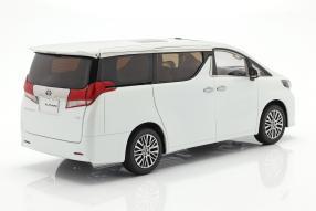 modelcars Toyota Alphard 1:18 KengFai