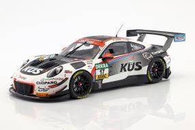 diecast miniatures Porsche 911 GT3 R 1:18 Minichamps