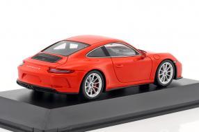 miniatures Porsche 911 GT3 Touring Package 2017 1:43