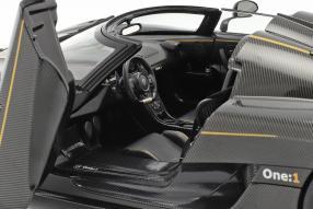 diecast miniatures Koenigsegg One:1 2014 1:18 Autoart
