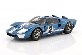 diecast miniatures Ford GT40 Mk. II No. 2 12hSebring 1966 1:18 Shelby Collectibles