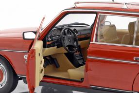 diecast miniatures Mercedes-Benz 200 T 1982 1:18