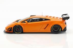 modelcars Lamborghini Gallardo GT3 FL2 2013 1:18 Autoart