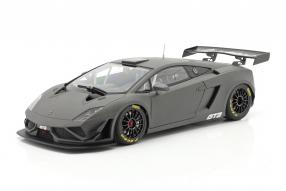 Modellautos Lamborghini Gallardo GT3 FL2 2013 1:18 Autoart