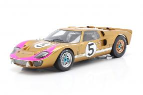modelcars Ford GT40 Mk. II 3nd 24h Le Mans 1966 1:18 Spark