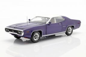 Plymouth Satellite Sebring Plus 1971 1:18 Autoworld