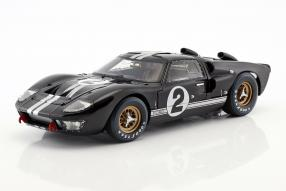 modellini Ford GT40 Mk. II No. 2 winner Le Mans 1966 1:18 Shelby Collectibles
