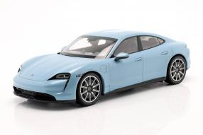 Porsche Taycan 4S 1:18 Minichamps