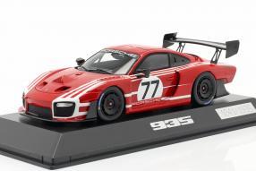 modelcars Porsche 935 auf Basis 911 GT2 RS Clubsport 1:43 Spark