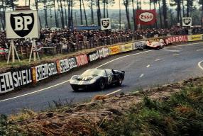 Ford GT40 Mk. II No. 2 Le Mans 1966, copyright Foto: Zantafio56
