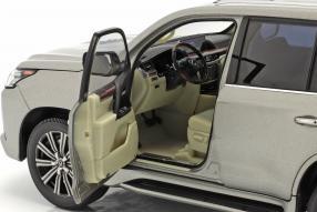 Modellautos Lexus LX 570 1:18 Kyosho