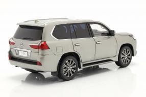 modelcars Lexus LX 570 1:18 Kyosho