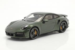 Porsche 911 Turbo S 2020 1:18 Spark