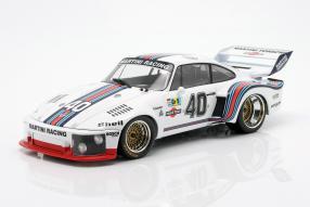 Porsche 935 1976 1:18 Norev