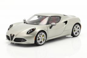 automodelli Alfa Romeo 4C 2013 1:18 Autoart