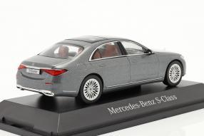 automodelli Mercedes-Benz S-Klasse W223 / V223 2021 1:43 Herpa