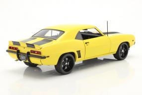 Modellautos Chevrolet Camaro Z/28 Yellow Jacket 1969 1:18 GMP