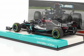 Modellautos Lewis Hamilton Mercedes-AMG F1 W11 1:43 Minichamps