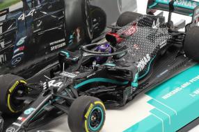 diecast miniatures Lewis Hamilton Mercedes-AMG F1 W11 1:43 Minichamps