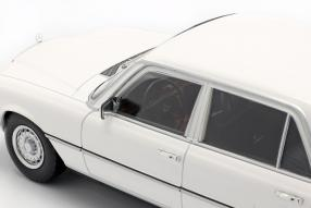 automodelli Mercedes-Benz 450 SEL 6.9 1975 1:18