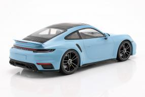 Porsche 911 Turbo S 2020 1:18 Minichamps