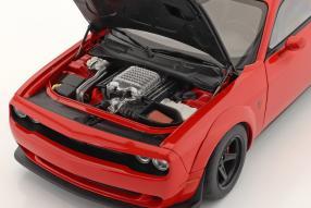 diecast miniatures Dodge Challenger SRT Demon 2018 1:18