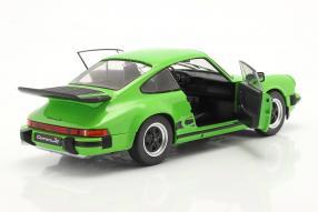 modelcars Porsche 911 Carrera Coupé 1984 930 1:18