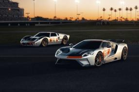 Ford GT 1966 and 2021, copyright Foto: Ford Media Center