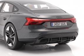 diecast miniatures Audi RS e-tron GT 1:18