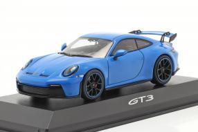 Modellautos Porsche 911 GT3 2021 1:43