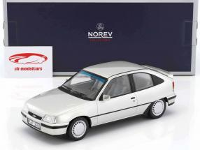 Opel Kadett E GSi année de construction 1987 argent métallique 1:18 Norev