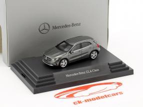 Mercedes-Benz GLA-Klasse montagna grigio metallico 1:87 Herpa