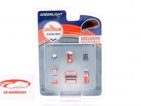 Chevron Gasolines Shop Tool Set 1:64 Greenlight