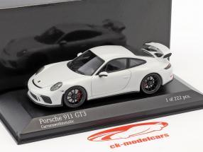 Porsche 911 (991 II) GT3 year 2017 carrara white metallic 1:43 Minichamps