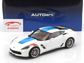 Chevrolet Corvette C7 Grand Sport Baujahr 2017 white with blue stripes 1:18 AUTOart