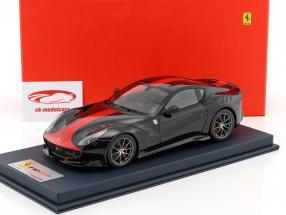 Ferrari F12 TDF year 2015 dark blue / red With Showcase 1:18 LookSmart