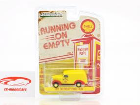 Chevrolet panel Truck year 1939 yellow / red 1:64 Greenlight