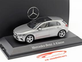 Mercedes-Benz A-Class (W177) mojave argento metallico 1:43 Herpa