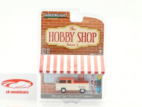 Volkswagen VW T2 Crew Cab Pick-Up weiß / pink mit Surfbrettern 1:64 Greenlight