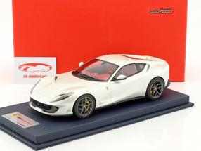 Ferrari 812 Superfast Italy white with showcase 1:18 LookSmart