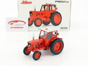 Belarus MTS-50 trattore luce rossa 1:32 Schuco
