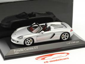 Porsche Carrera GT anno 2001 argento metallico 1:43 Minichamps